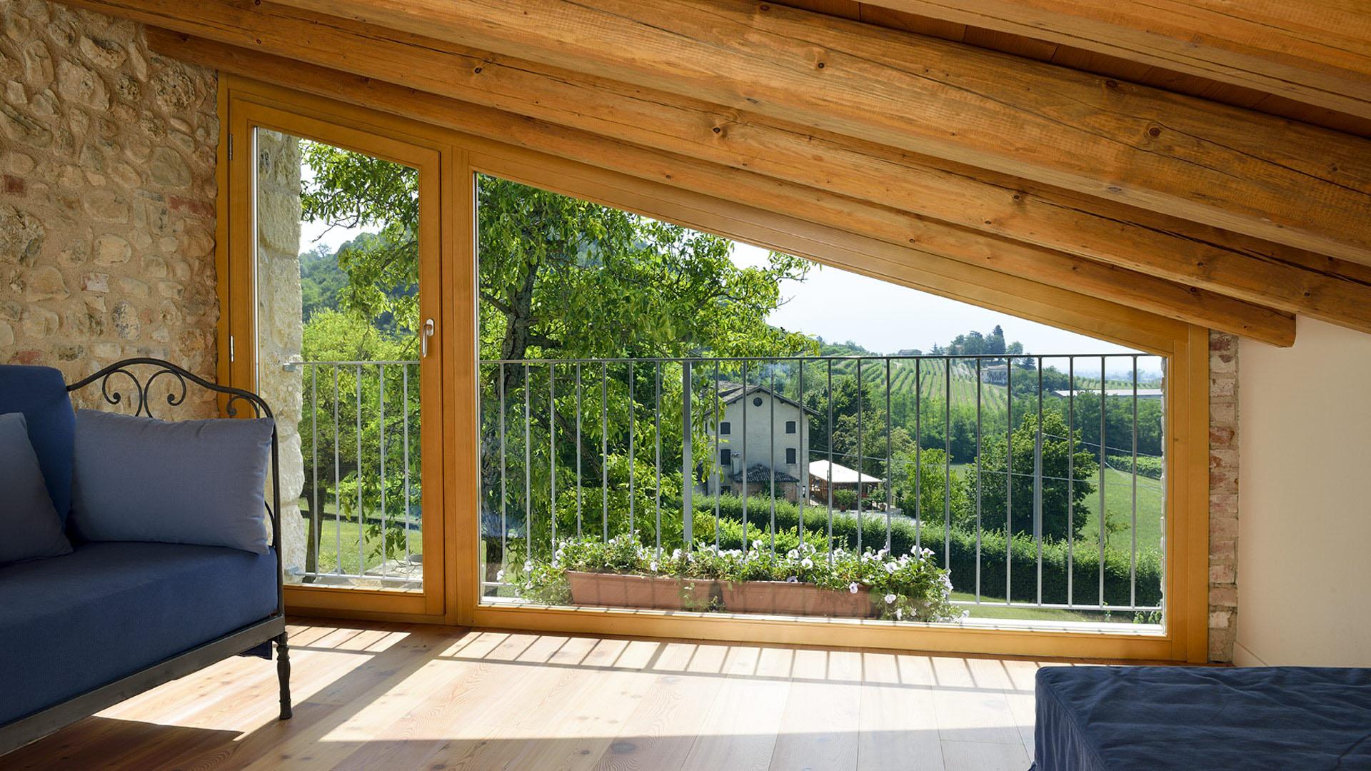 Finestre legno parquet genova - Finestre in legno ...